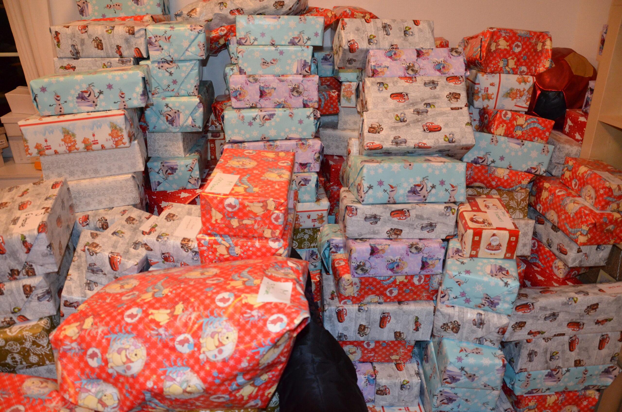 Elternbasteln – Aktion Engel verschenken Weihnachtspakete